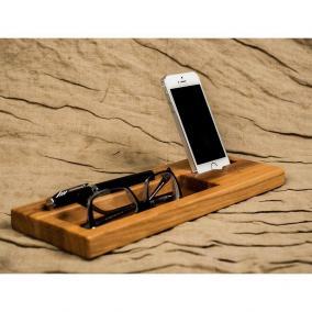 "Док станция для iPhone ""Дуб"" цена от 3 700 руб"