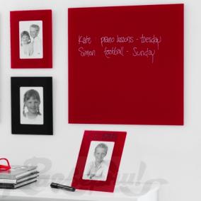 Стеклянная магнитно-маркерная доска Aske, красная цена от 2 400 руб