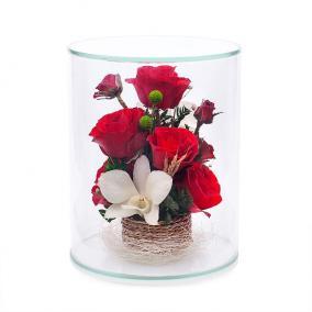 Композиция из натуральных роз и орхидей в аквариуме цена от 3 850 руб