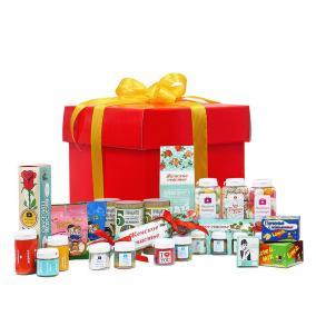 Коробка сладостей «Легенда» для прекрасных дам цена от 2 990 руб