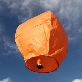 """Фонарик """"В небо"""" (оранжевый) цена от 78 руб"""